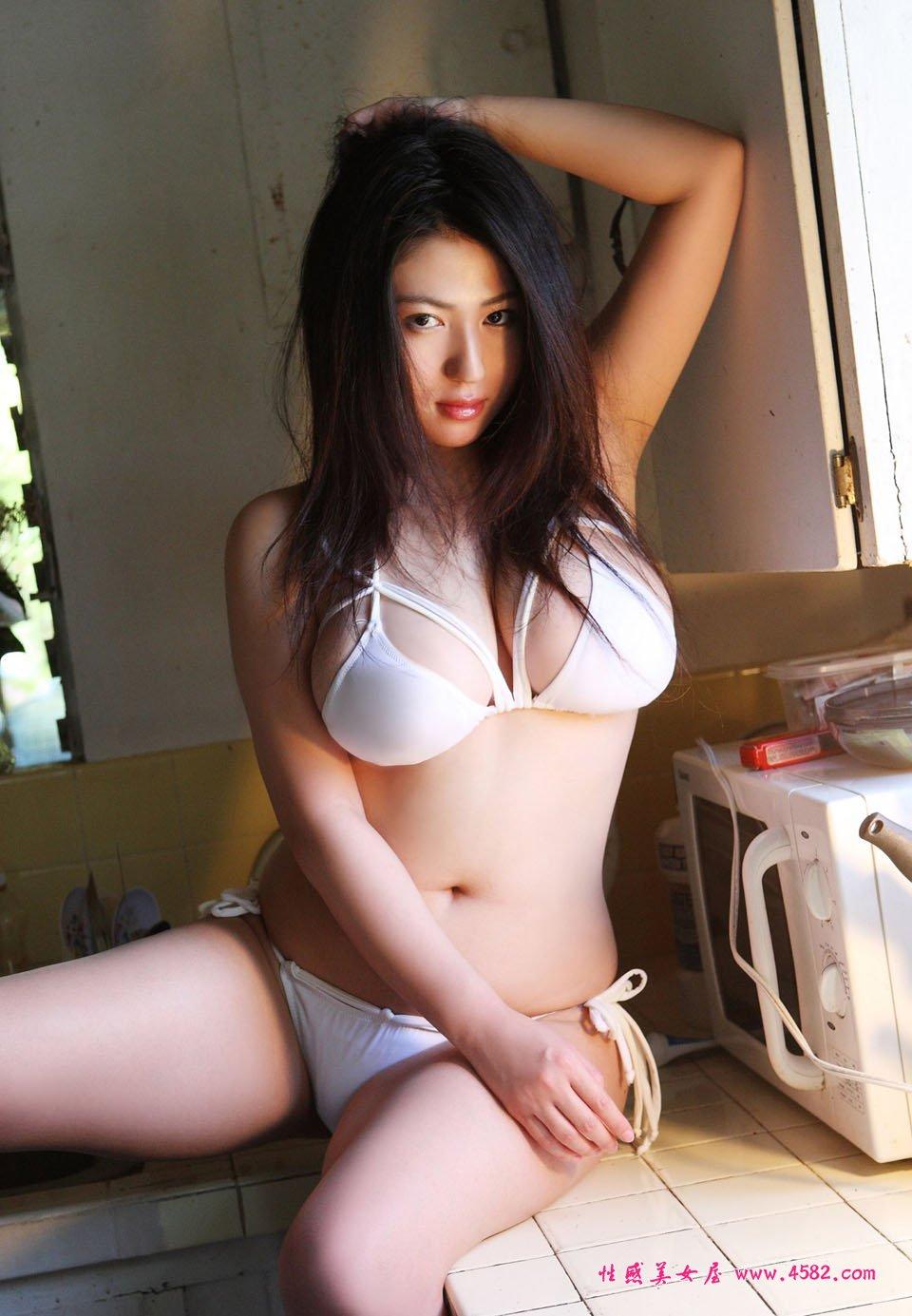 foto seksi nonami takizawa si cantik dada super artis montok cantik